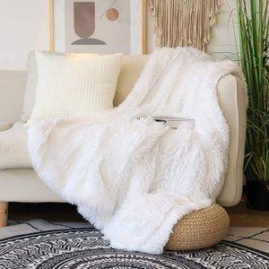 Lightweight Long Hair Soft Faux Fur Throw Blanket